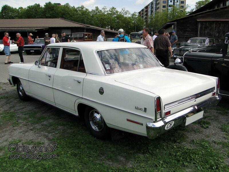 chevrolet-chevy-2-nova-sedan-1966-02