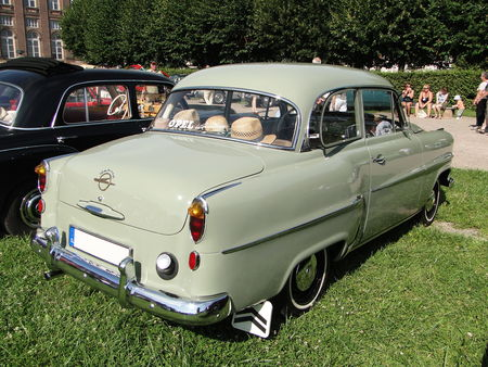 OPEL Olympia Rekord berline 2 portes 1956 Rohan Locomotion de Saverne 2010 2