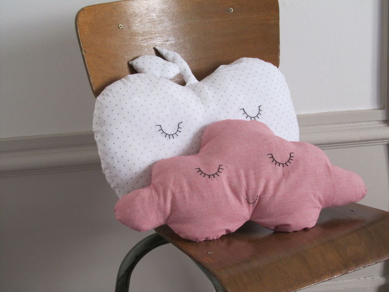 COUSSIN_POMME_ET_NUAGE__3_