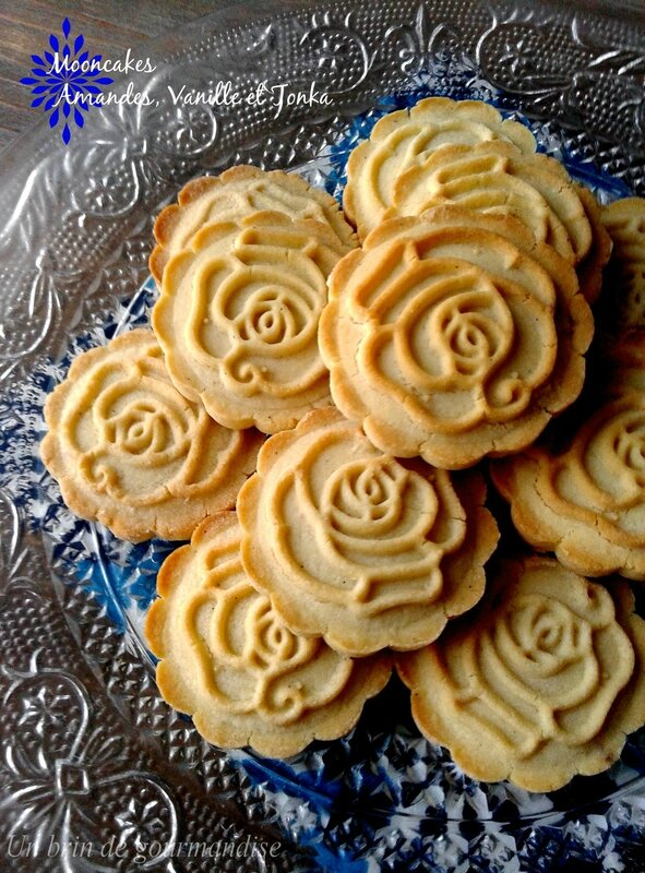 mooncakesroses3