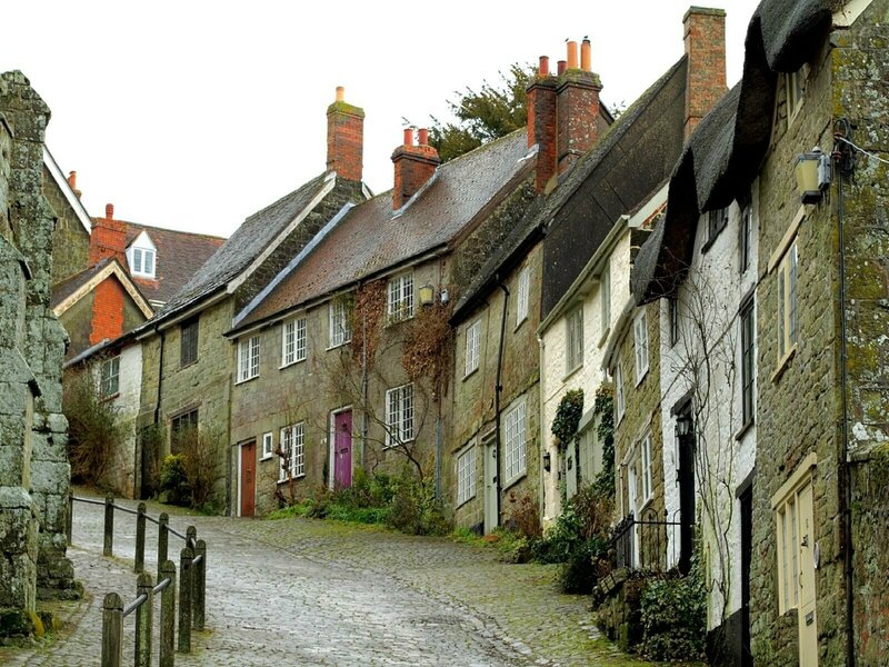 The_Bottom_of_Gold_Hill_Shaftesbury_Dorset_Wallpaper_n4arf