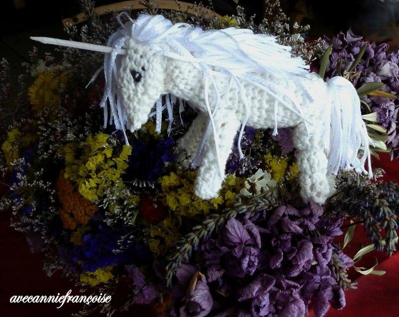 licorne et fleurs