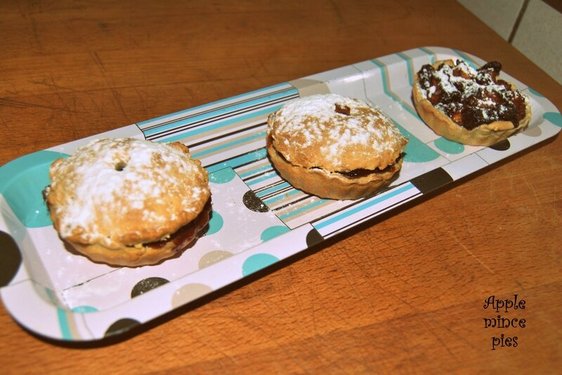 Apple mince pies 1