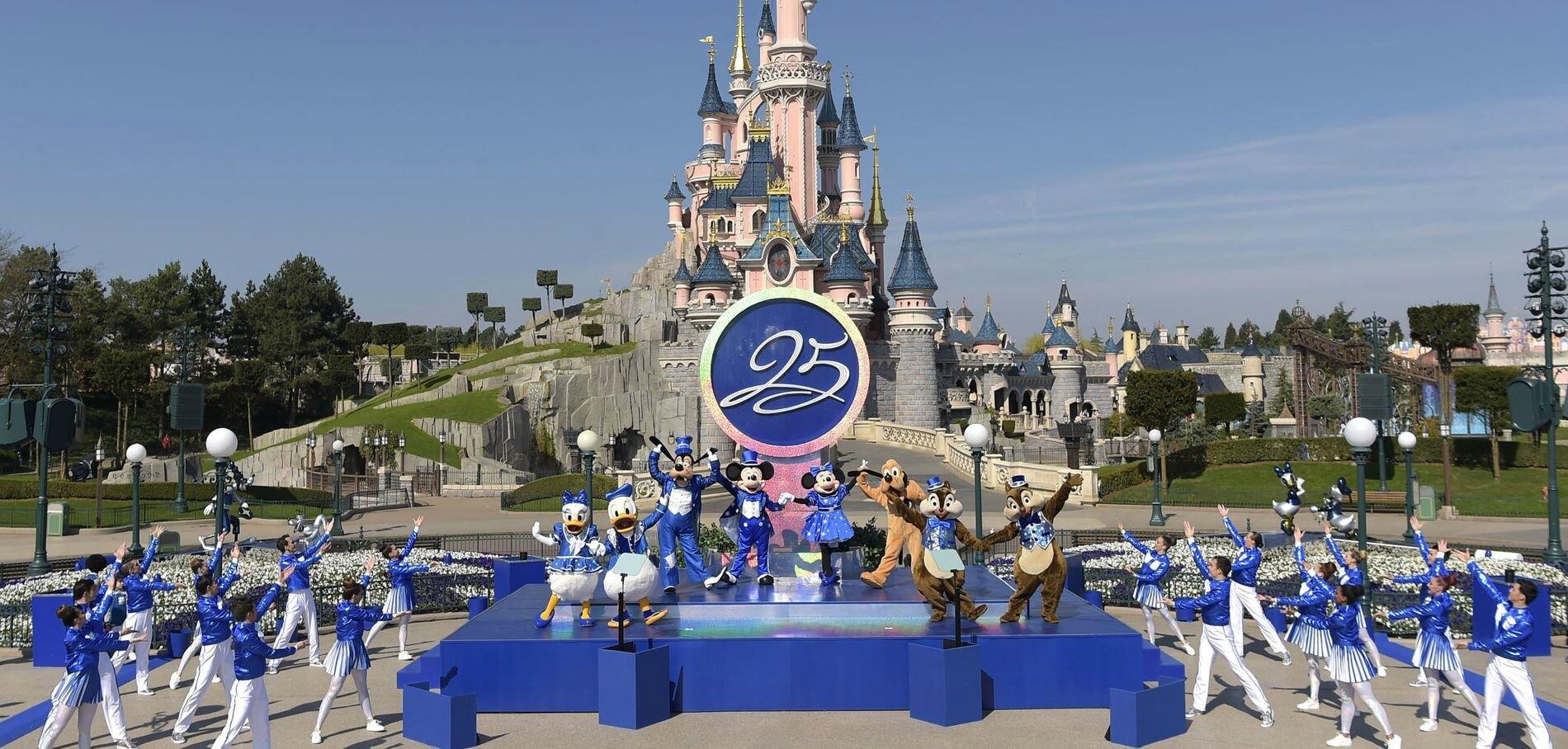 Joyeux 25ème anniversaire Disneyland Paris !
