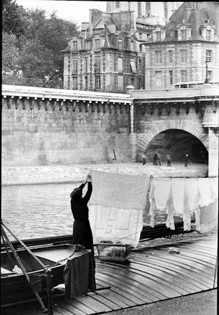 016_henri-cartier-bresson_theredlist