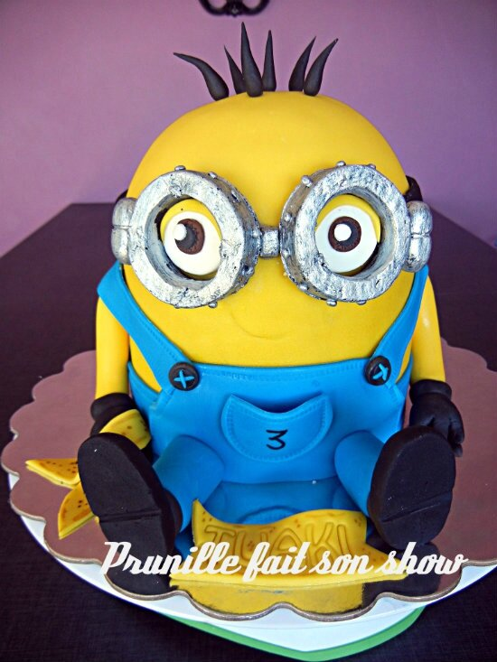 gateau minion prunillefee