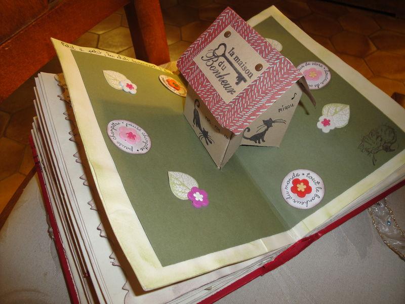 carte pop up maison dans mon livre alt r les cr ations. Black Bedroom Furniture Sets. Home Design Ideas