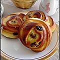Petits pains aux raisins (4)