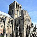 FecaTrin_EXT05Le transept sud date de la fin du XIIe siècle,