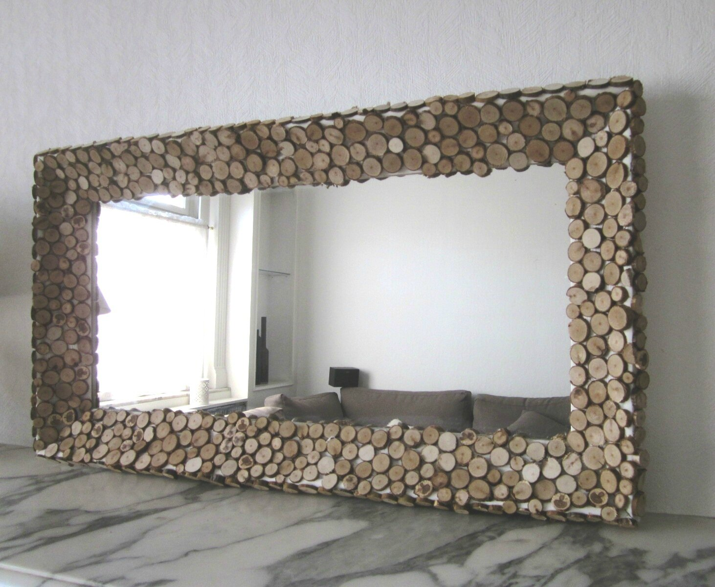 mon miroir en rondins de bois ma bulle. Black Bedroom Furniture Sets. Home Design Ideas