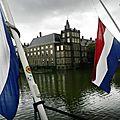Pays-bas : les libéraux en tête des législatives, l'extrême droite en embuscade