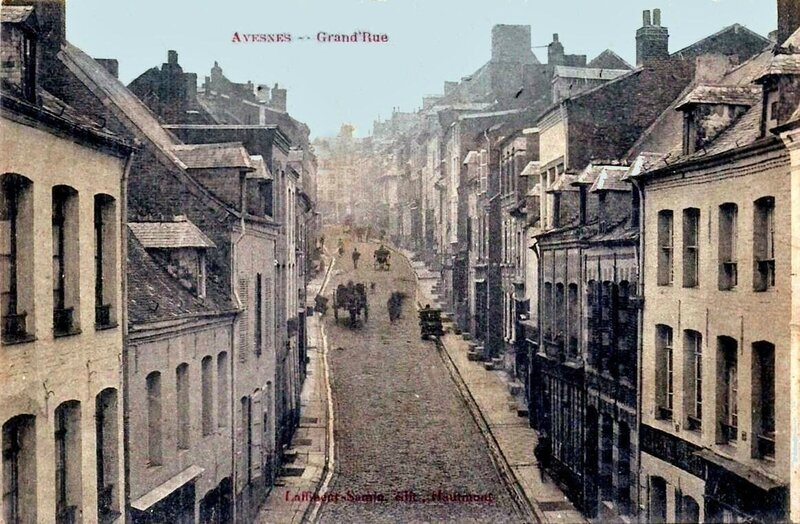 AVESNES SUR HELPE - La Grand'rue