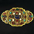 Gemmed golden buckle, 14th century, ming dynasty, hong wu period (1368 - 1398).