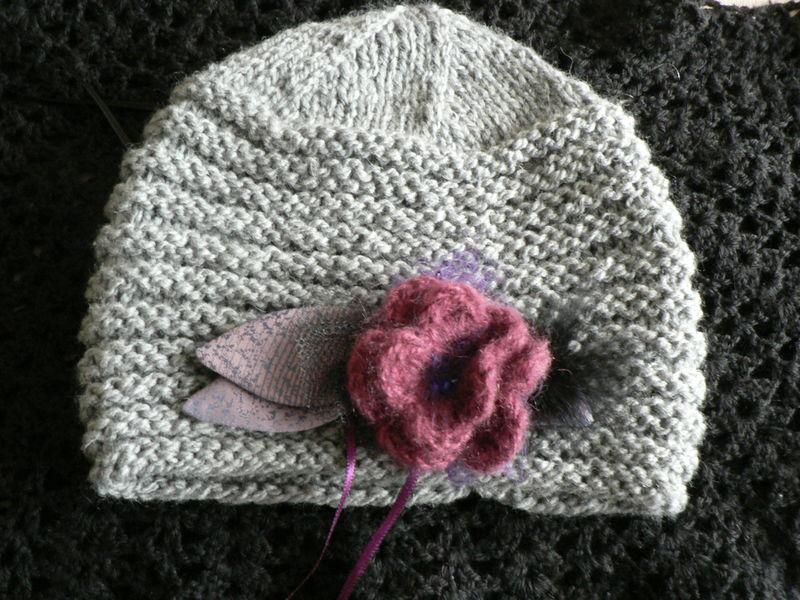 Comment tricoter des fleurs en laine - Faire une boutonniere au tricot ...
