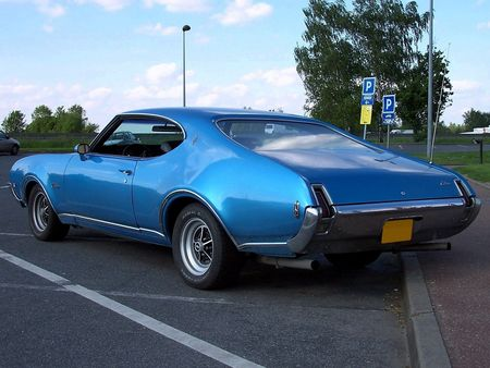 69_OLDSMOBILE_Cutlass_S_Hardtop_Coupe__4_