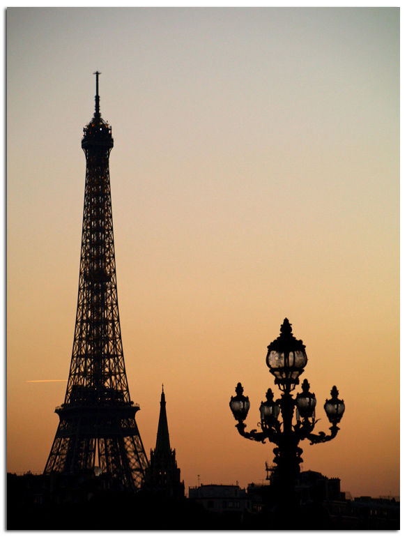 Paris_tourEiffelcrepuscule