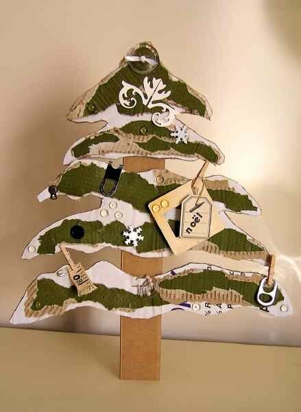 Sapin carton 2008 photo de d corations de noel th mascrap - Fabrication sapin de noel en carton ...