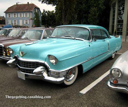 Cadillac coupé de ville avec continental kit de 1955 (Tako Folies Cernay 2011) 01