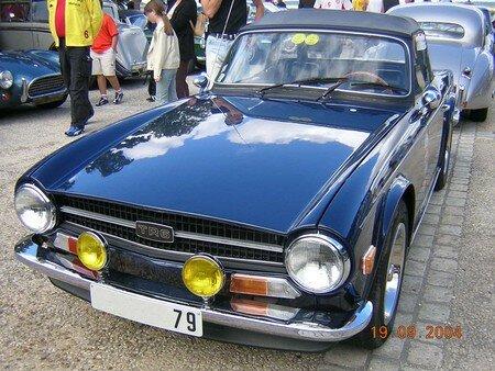 TriumphTR6_Av