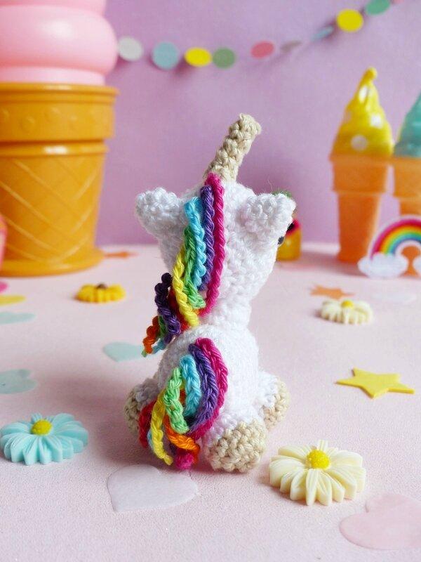 05-diy-licorne-crochet-ahookit-kit-patron
