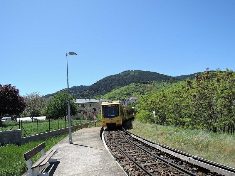 0338 Train Jaune 17 mai 2015