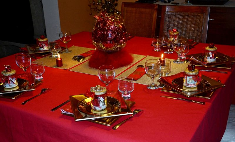 Fetes de fin d 39 annee le blog de katy - Table de noel rouge et or ...