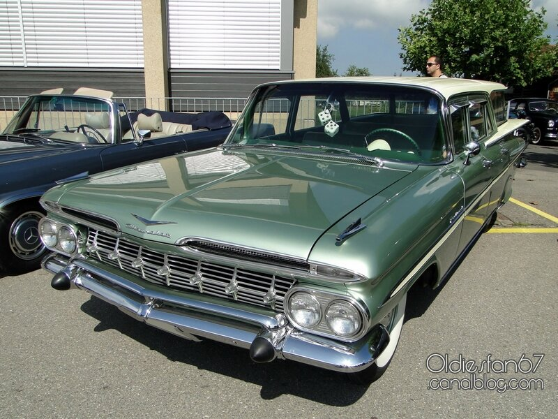 chevrolet-parkwood-wagon-1959-01