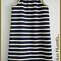 Robe rayée bleu marine