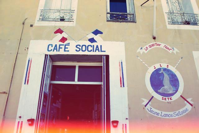 cafe_social