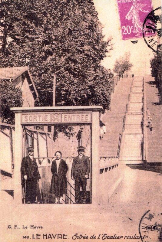 Escalier_mécanique_du_Havre_1