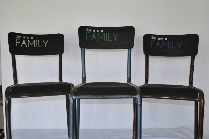 Chaises WE ARE A FAMILY - 2