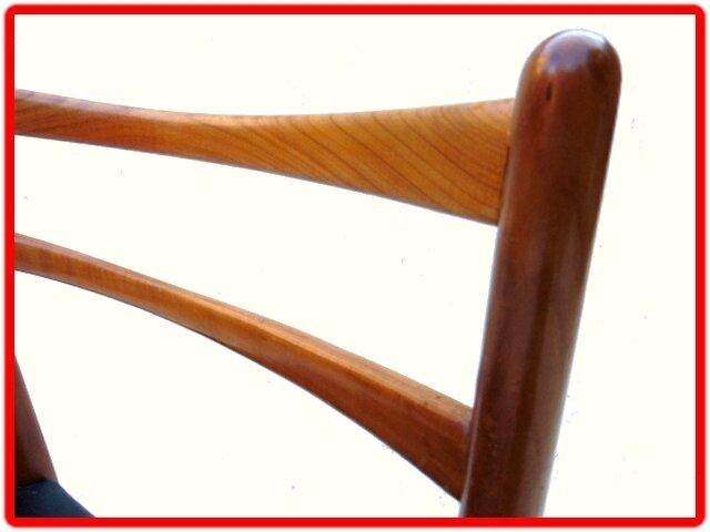 chaises teck doré design scandinave 1960