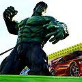 Hulk s invite à la foire aux manéges . . .