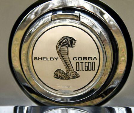 Shelby GT500 KR fastback de 1968 (Retrorencard mars 2012) 05