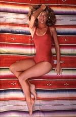 farrah_fawcett_by_bruce_mcboom-red_swimsuit-02-2