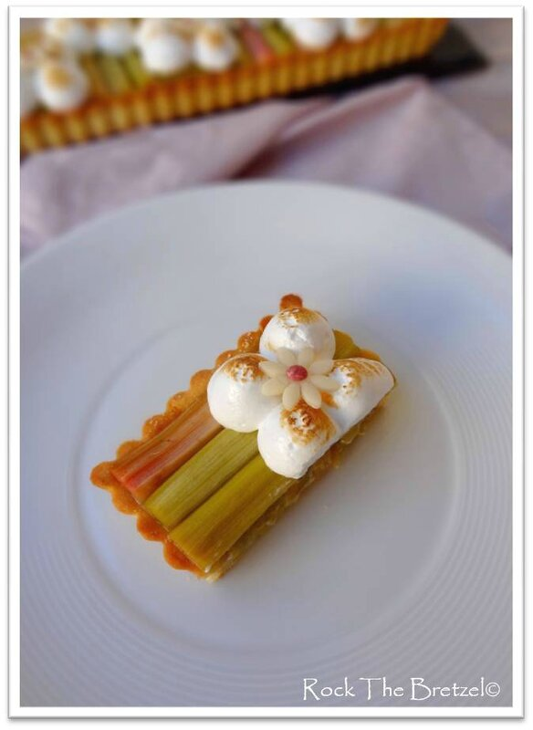 Tarte rhubarbe meringuée 3