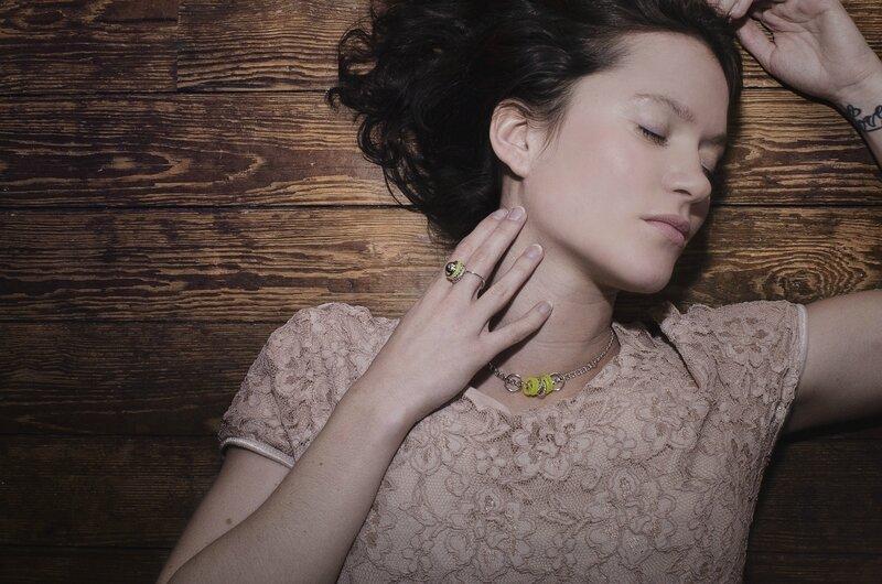 Julie SION collection hula hoop jaune plaqué argent-crédit Ouylo Laube