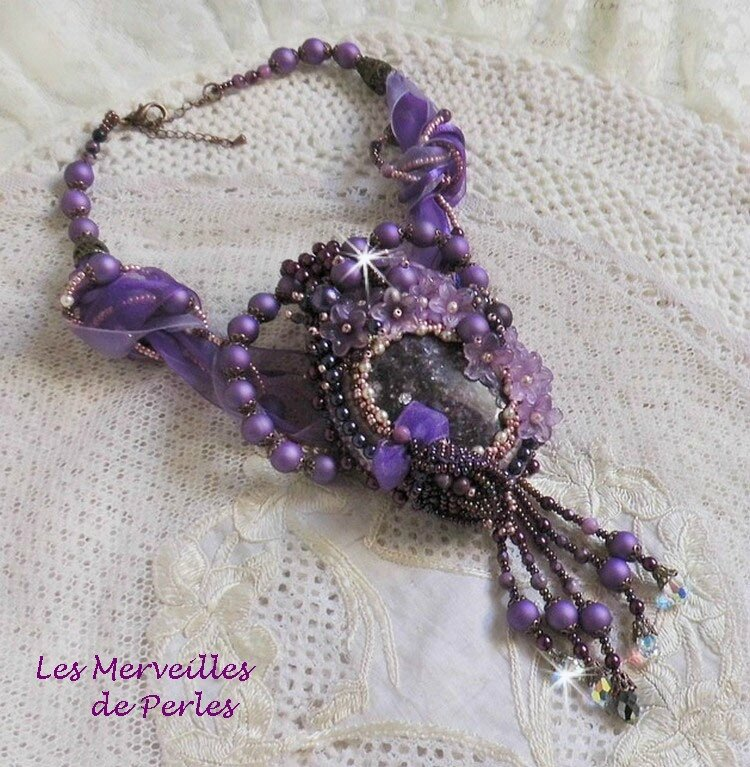 Collier pendentif Chinese Purple Stone