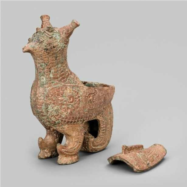Bird-Shaped Container (zun), late Shang dynasty (13th–11th century BC)