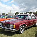 OLDSMOBILE Delta 88 Royal 4door Sedan 1979 Madine (1)