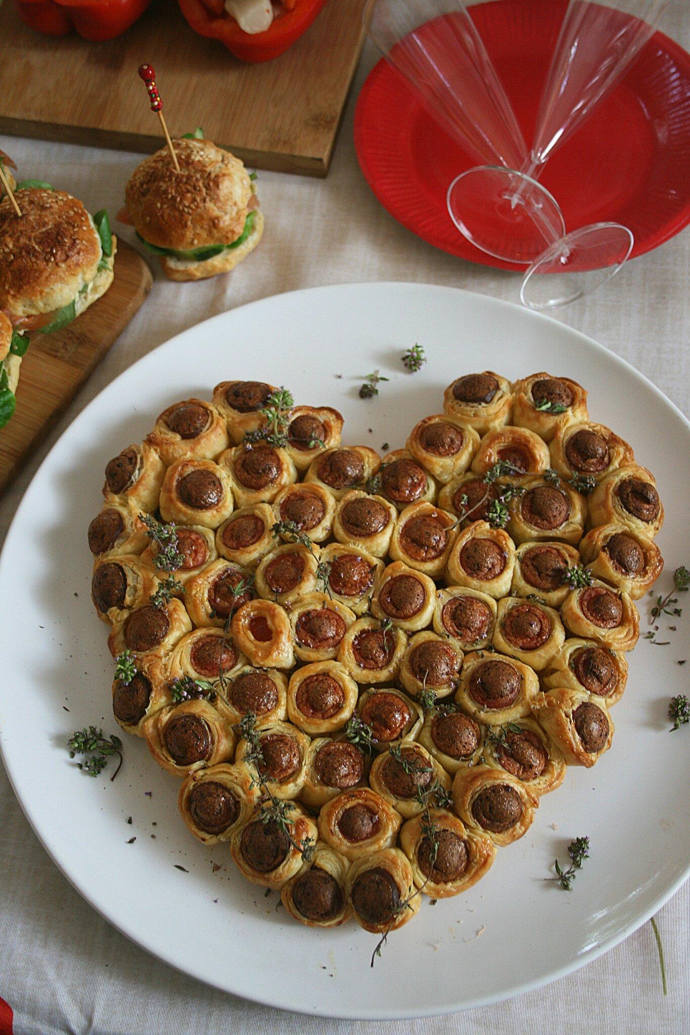 Saucisses feuilletés en forme de coeur