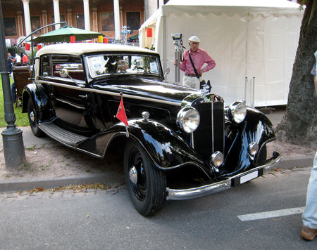Horch_830_convertible_01