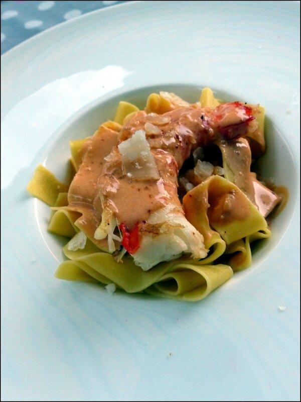 P tes aux gambas sauce crustac tomber par terre id al pour les f tes a la table de gaelle - Sauce pour crustaces grilles ...