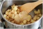 cuire la pomme avec le miel et le balsamique