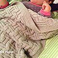 Couverture bébé nouveau -né: encore une :la meme