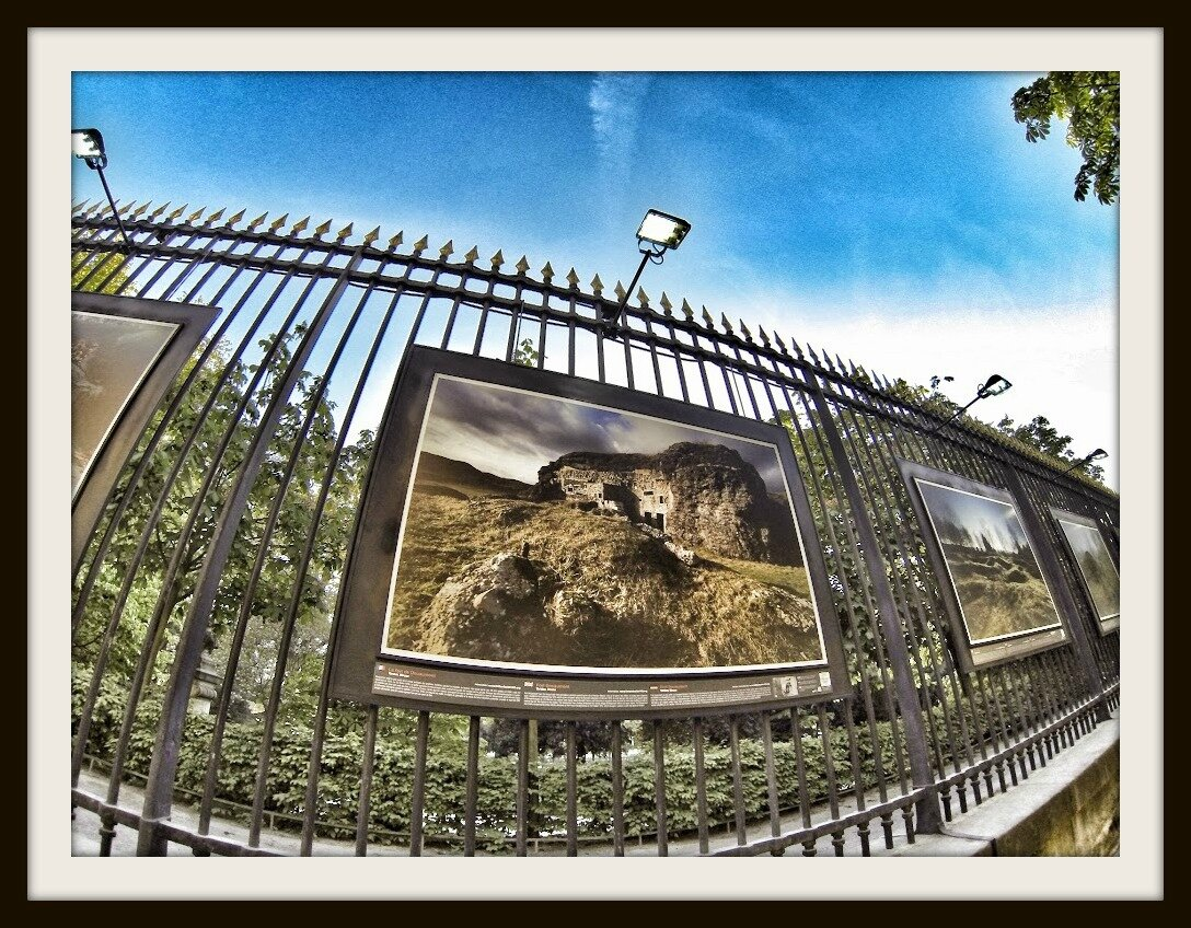 In memorem premiere guerre mondiale 1914 1918 exposition sur les grilles du jardin du - Jardin du luxembourg exposition ...