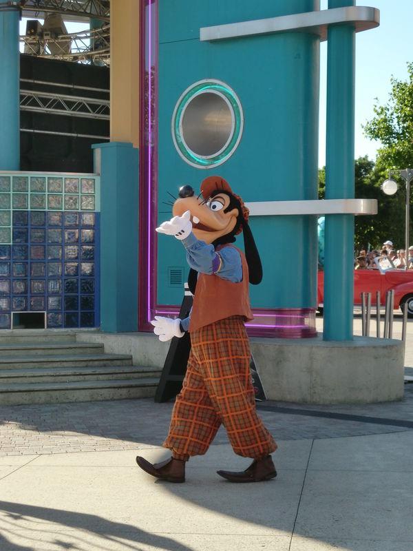 la parade des Disney Studios : Dingo