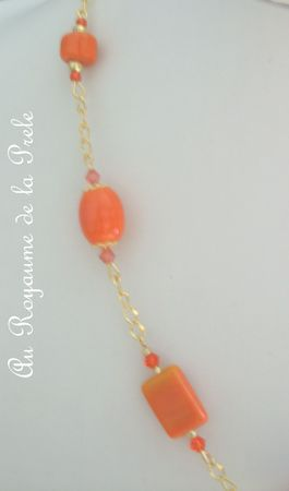 Collier orange B détail 1