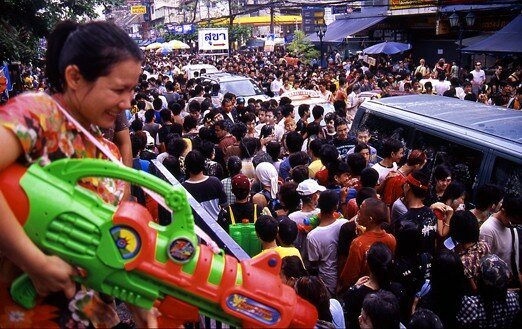 thailande_bangkok_songkran_assaut