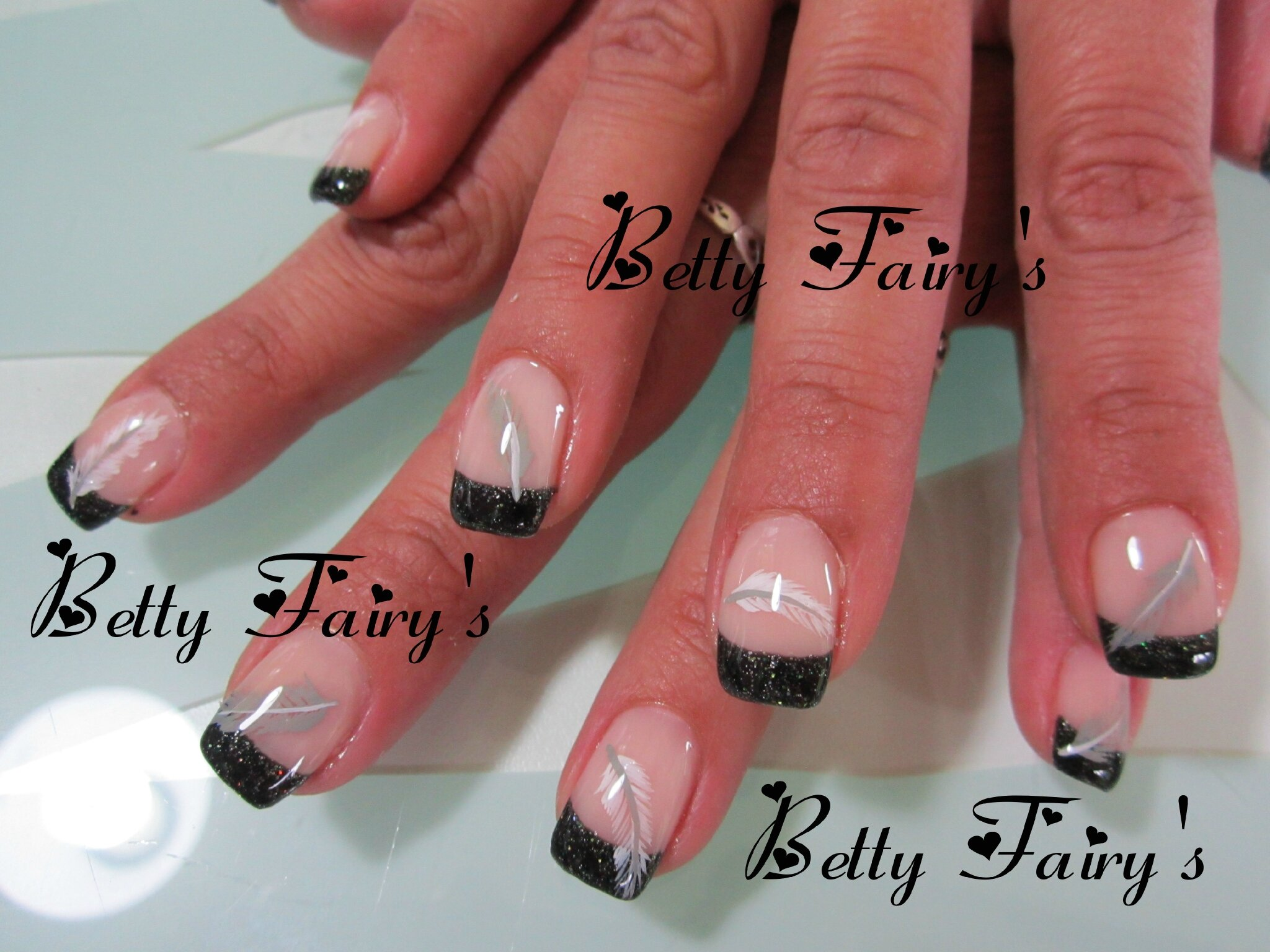 deco ongle french noir